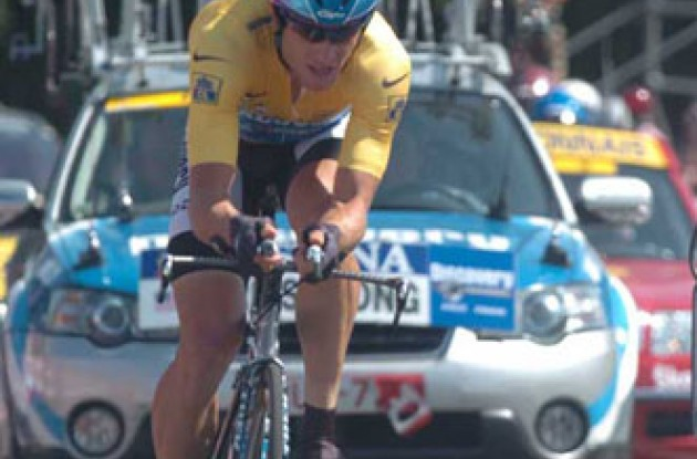 Lance Armstrong on his way to the (likely) final stage win of his impressive career. Photo copyright Fotoreporter Sirotti.