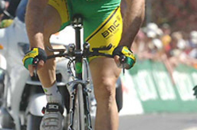 Santiago Botero (Phonak Hearing Systems). Photo copyright Roadcycling.com.
