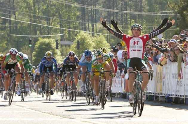 Gordon Fraser takes the win. Photo copyright Ben Ross/Roadcycling.com/www.benrossphotography.com.