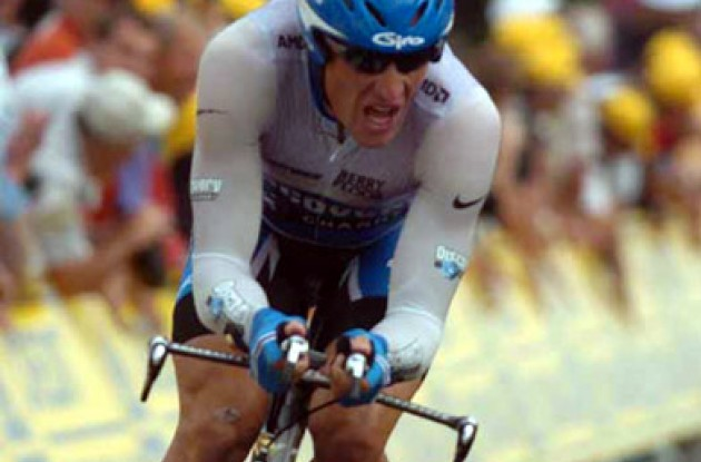 Only Armstrong was a threat to Zabriskie. Photo copyright Fotoreporter Sirotti.
