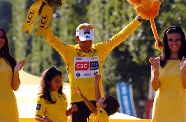 2008 Tour de France winner Carlos Sastre (Team CSC-Saxo Bank).