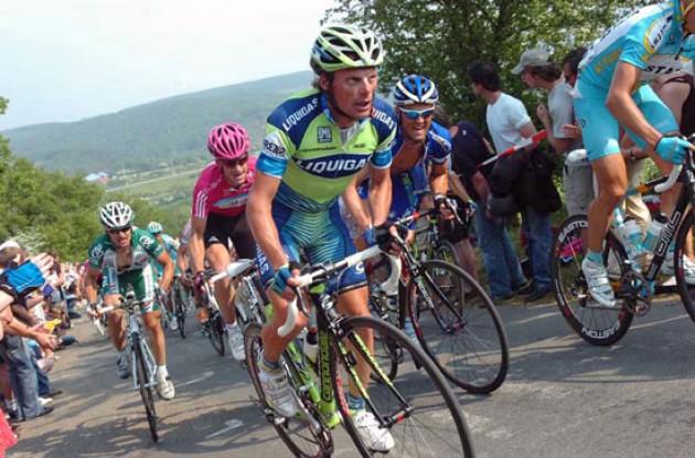 Di Luca climbs.