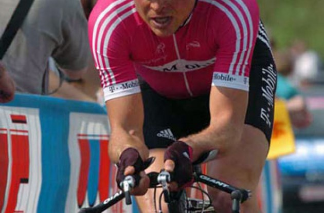 Jan Ullrich finished 80th today. Still a long way to go for Jan before the 2006 Tour de France. Photo copyright Fotoreporter Sirotti.