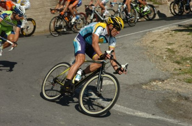 Lance Armstrong (Team Astana). Photo copyright Fotoreporter Sirotti.