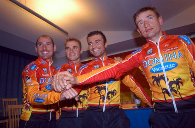 Belli, Celestino, Quaranta, and Honchar are Domina Vacanze's leaders in 2005. Photo copyright Fotoreporter Sirotti.