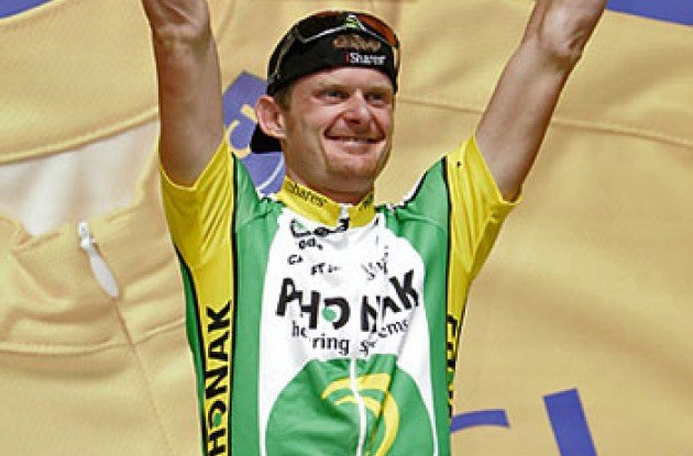 "Floyd Landis on the podium. Photo copyright Ben Ross/Roadcycling.com/<A HREF=""http://www.benrossphotography.com"" TARGET=_BLANK>www.benrossphotography.com</A>."
