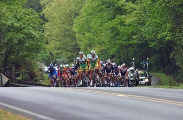 Members of Phonak Hearing Systems - iShares lead the peloton back to the lead group for most of the day.