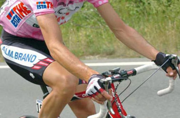 Ivan Basso - Pretty in pink and ready for an overall Giro win? Photo copyright Fotoreporter Sirotti.