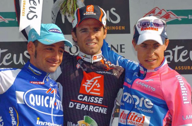 Top 3 on the podium: Valverde, Bettini and Cunego. Photo copyright Fotoreporter Sirotti.