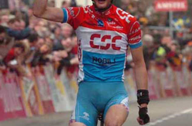 Frank Schleck (Team CSC) takes the win. Photo copyright Fotoreporter Sirotti.