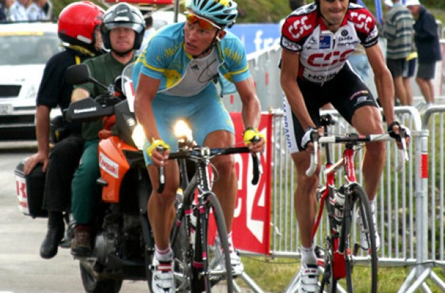 "Vinokourov and Julich on their way to the finish line. Photo copyright Roadcycling.com/<A HREF=""http://www.benrossphotography.com"" TARGET=""_BLANK"">Ben Ross Photography</A>."