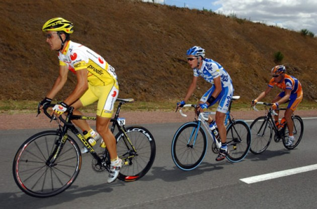 Bertogliati, Portal and Dekker working hard for the viewers. Photo copyright Roadcycling.com.