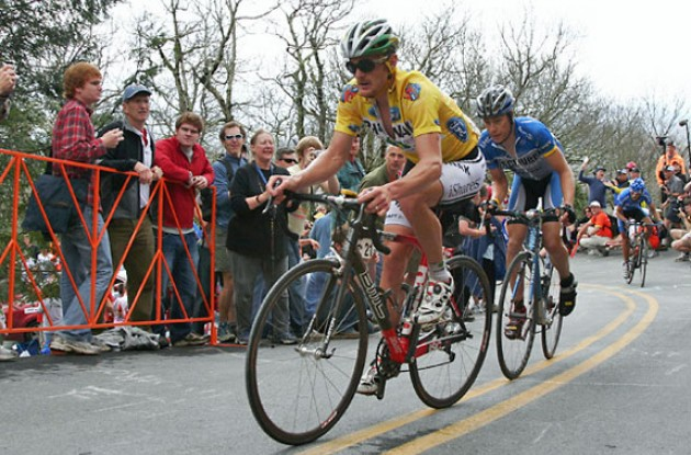 Landis (Phonak - iShares) leads Danielson (Team Discovery Channel) on Brasstown Bald. Photo copyright Ben Ross/Roadcycling.com/www.benrossphotography.com.