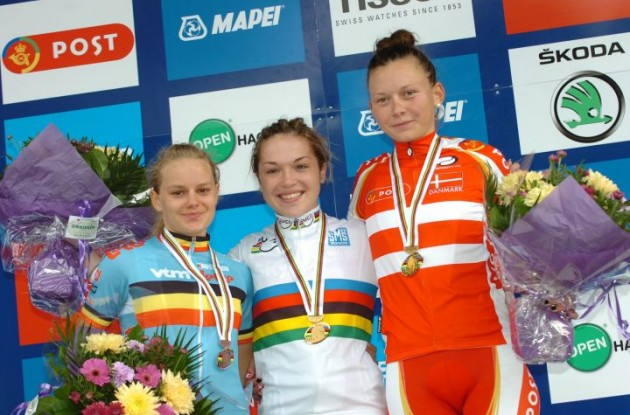 Lucy Garner, Jessy Druyts and Christina Siggaard on the podium in Denmark. Photo Fotoreporter Sirotti.