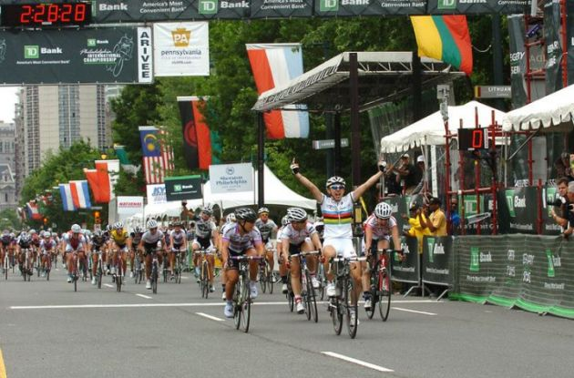Giorgia Bronzini wins the 2011 Liberty Classic.