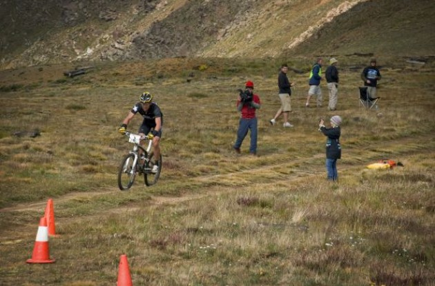 Lance Armstrong riding the Leadville 100.