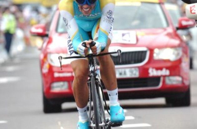 Alberto Contador (Team Astana). Photo copyright Fotoreporter Sirotti.
