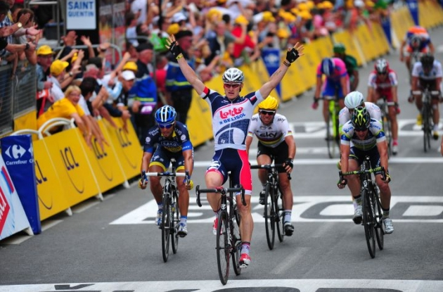 Team Lotto-Greipel's Andre Greipel (Germany) powers to second Tour de France stage victory in stage 5 of the 2012 Tour de France. Photo Fotoreporter Sirotti.