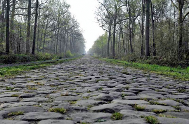 The famous cobbles of the Paris-Roubaix spring classic. Photo Fotoreporter Sirotti.