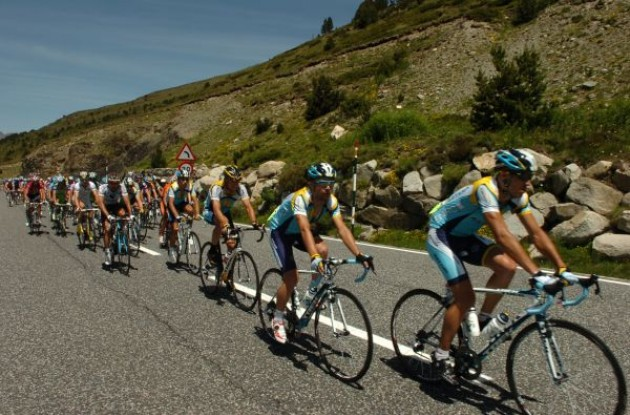 Team Astana leads. Photo copyright Fotoreporter Sirotti.
