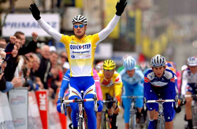 Tom Boonen (Quick Step) takes the win ahead of Allan Davis (Liberty Seguros - Würth). Photo copyright Fotoreporter Sirotti.