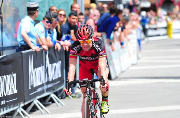 BMC Racing Team's Cadel Evans arrives. Photo Fotoreporter Sirotti.