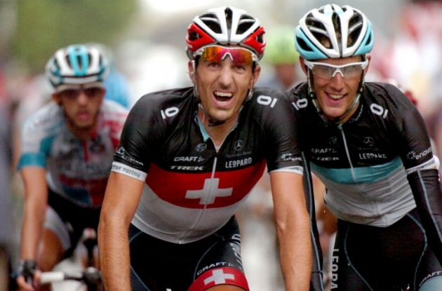 Fabian Cancellara and Andy Schleck can't wait for the mountains. Photo Fotoreporter Sirotti.
