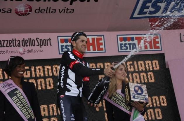 Carlos Sastre (Cervelo TestTeam). Photo copyright Fotoreporter Sirotti.