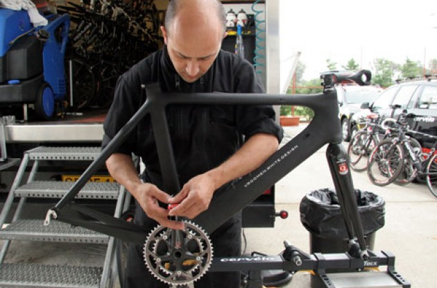 Team CSC mechanic Alejandro assembles the new Cervelo Soloist Carbon SR71. Photo copyright Roadcycling.com.