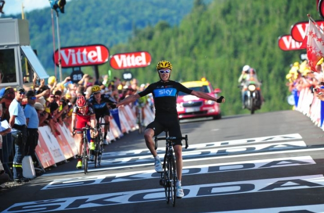 Team Sky Procycling's Chris Froome (Great Britain) climbs to stage 7 victory in 2012 Tour de France. Photo Fotoreporter Sirotti.