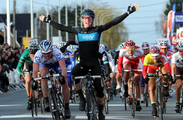 Christopher Sutton wins Kuurne-Bruxelles-Kuurne 2011.