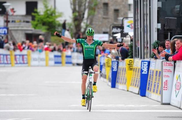 Christophe Kern wins the stage. Photo Fotoreporter Sirotti.