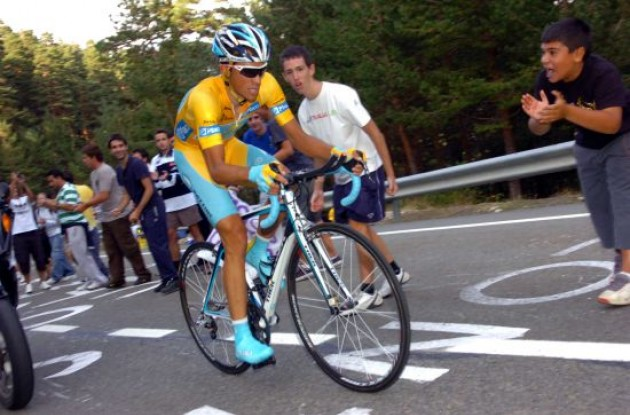 Alberto Contador powers forward.