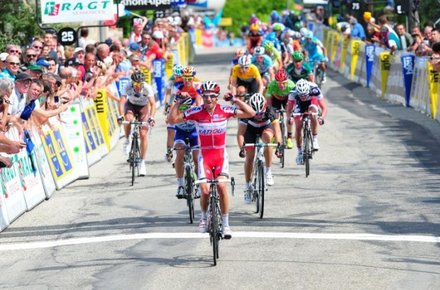 Daniel Moreno wins sprint to finish line in stage 2 of 2012 Criterium du Dauphine Libere. Photo Fotoreporter Sirotti.