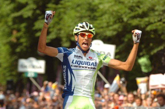 Eros Cappechi (Team Liquigas-Cannondale) wins stage 18 of Giro d'Italia 2011. Photo Fotoreporter Sirotti.
