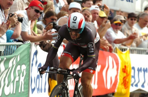 Fabian Cancellara wins the prologue of the Tour de France 2012. Photo Fotoreporter Sirotti.