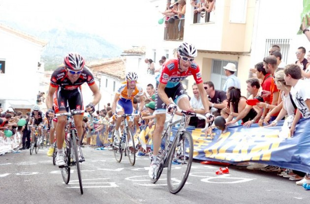 Frank Schleck on his way up the climb followed by Denis Menchov. Photo copyright Fotoreporter Sirotti.