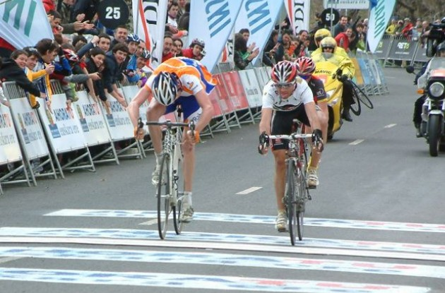 Robert Gesink, Alejandro Valverde and Chris Horner sprint across the finish line in stage four of the 2010 Vuelta Ciclista al Pais Vasco / Tour of the Basque Country.