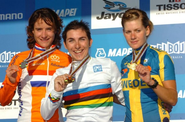 Giorgia Bronzini, Marianne Vos and Emma Johansson celebrate on the podium. Photo Fotoreporter Sirotti.