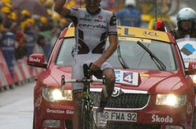 Germany's Heinrich Haussler (Cervelo TestTeam) wins stage 13 of the Tour de France 2009. Photo copyright Fotoreporter Sirotti.