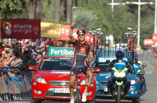 Imanol Erviti wins stage 10 of the 2010 Vuelta a Espana. Photo copyright Fotoreporter Sirotti.