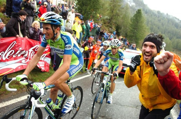 Ivan Basso crashed during a training ride for the Tour de France 2011. Photo Fotoreporter Sirotti.