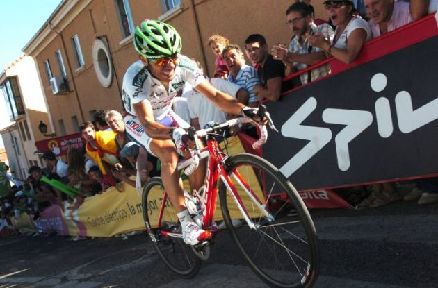 Joaquim Rodriguez on his way to victory. Photo Fotoreporter Sirotti.