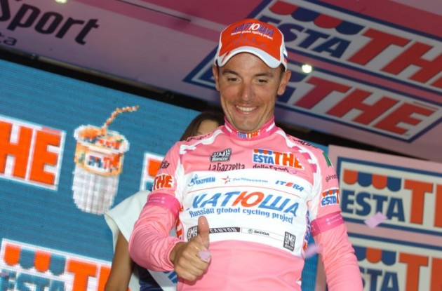 Joaqium Rodriguez maintains overall Giro d'Italia  lead ahead of Team Garmin-Barracuda's Ryder Hesjedal. Photo Fotoreporter Sirotti.