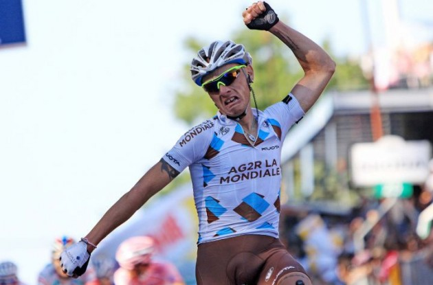 John Gadret wins stage 11 of the 2011 Giro d'Italia.