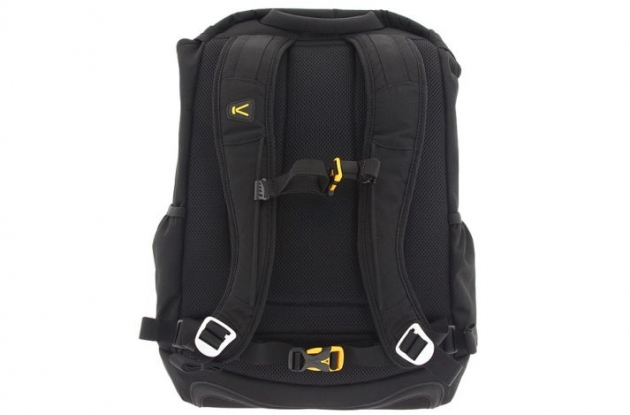 Roadcycling.com reviews the Keen Steel Bridge Pack.