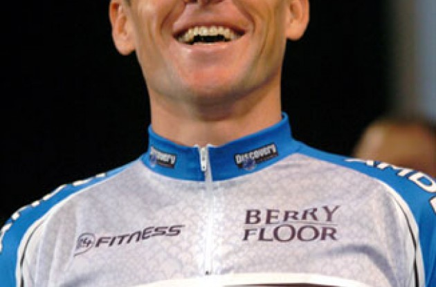 Lance Armstrong in his new Team Discovery outfit. Photo copyright Roadcycling.com.