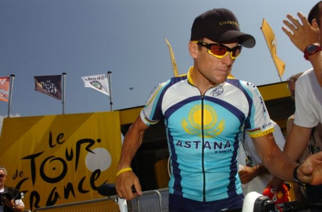 Lance Armstrong (Team Astana) at the start in Monaco. Photo copyright Fotoreporter Sirotti.