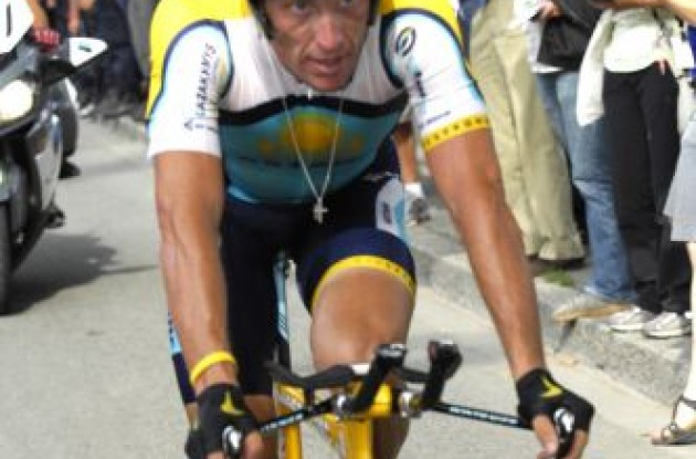 Lance Armstrong (Team Astana - Soon Team RadioShack). Photo copyright Fotoreporter Sirotti.