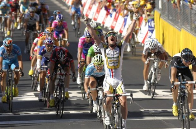 Mark Cavendish finally gets his 2010 Tour de France stage win! Photo copyright Fotoreporter Sirotti.